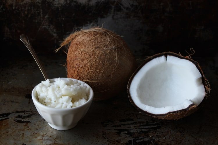benefits of coconut oil for hormone balance leptin weight loss