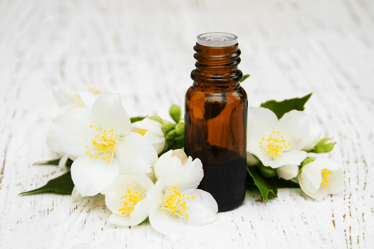 essential oil that help hot flashes jasmine