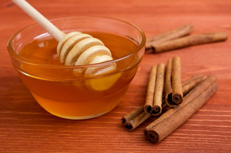 cinnamon for pcos acne with honey