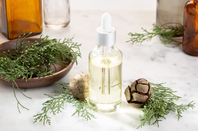 essential oils for heavy menstrual flow cypress