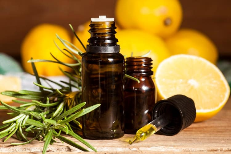 18 Essential Oils For Sore Throat and How to Use Them For Fast Relief